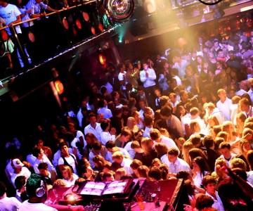 Le You Night Club